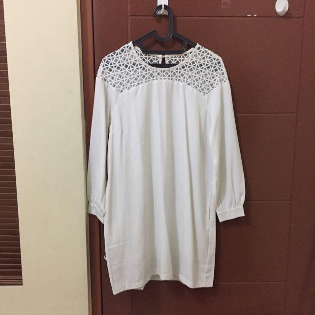 Brand Zalora Dress Size M