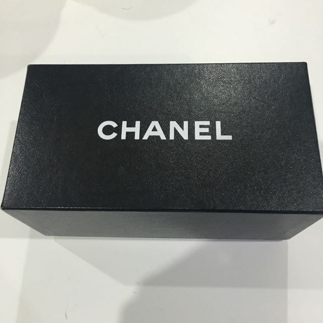 Authentic Chanel Collection Perle Sunglasses