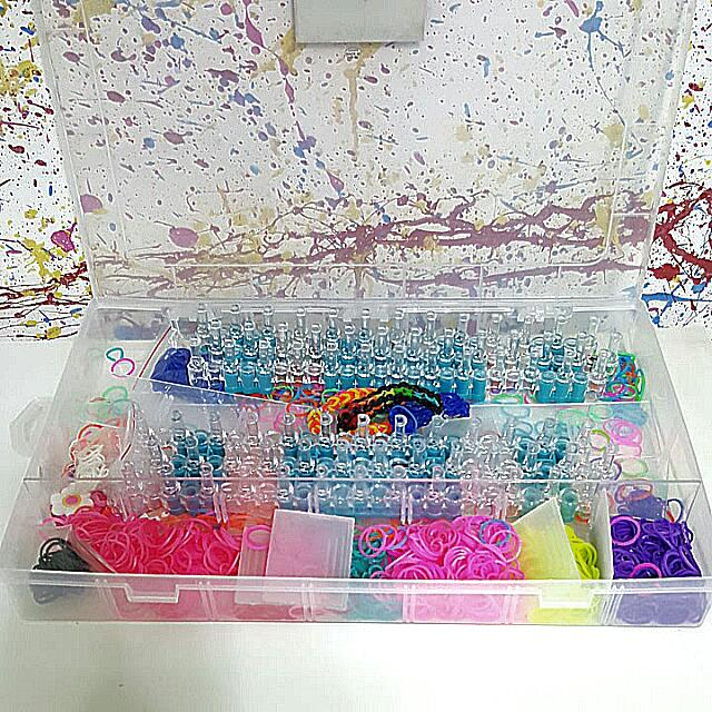FREE / GIVEAWAY Rainbow Loom Kit