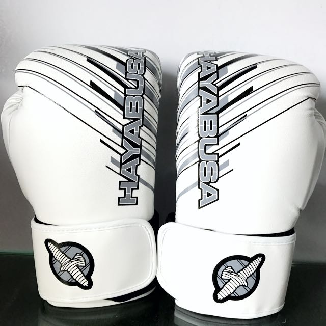 Hayabusa,Ikusa Charged 12oz Boxing Gloves White, Sports