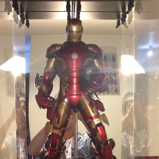 Iron Man 1/4 Scaled Figure