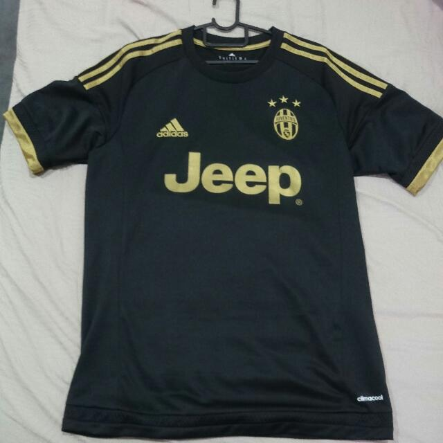 new style fee3f 89276 Authentic Juventus 3rd Kit (15/16), Sports, Sports Apparel ...