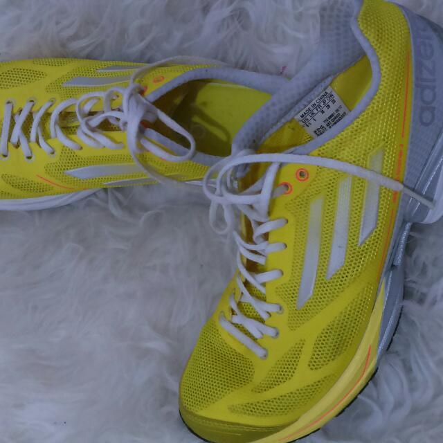 Sepatu Adidas Adizero