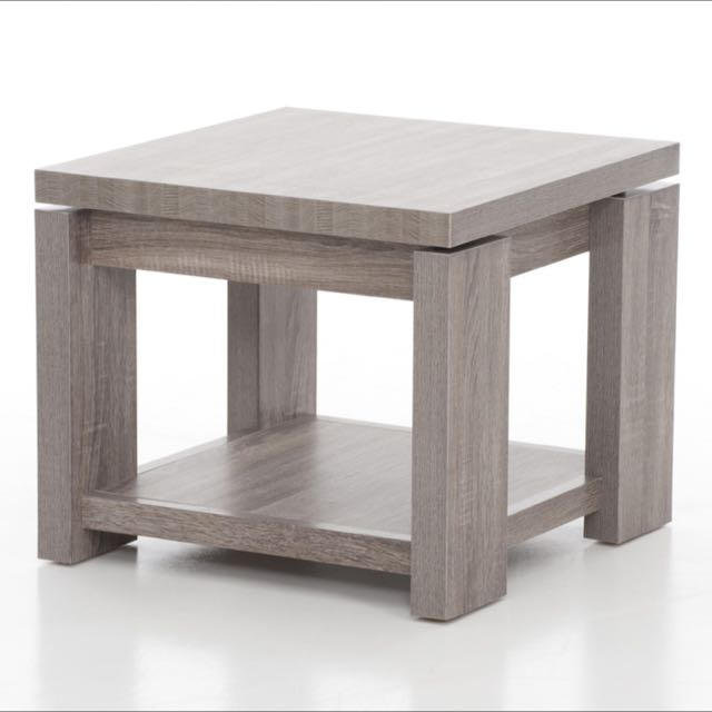 Side/ Lamp Table