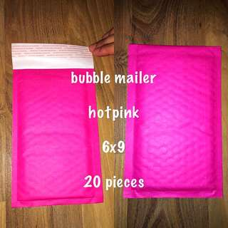 Bubble Mailers Self Adhesive (Hotpink)