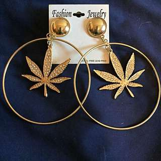 Gold hooped Earrings