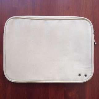 Converse Laptop/Tablet Cover/Case