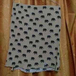 Segi Empat Shawl Elephant