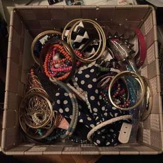 Entire Bag Of Fashion Jewelry