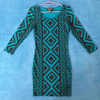 F21 3/4 Sleeve Bodycon Dress