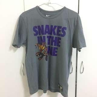 Nike Kobe短T上衣M