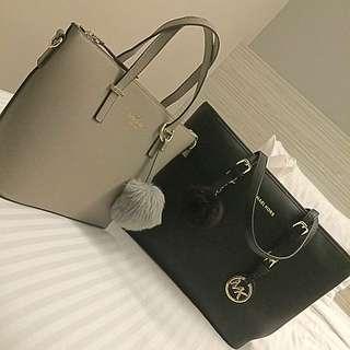 Michael Kors JetSet Black colour shoulder bag