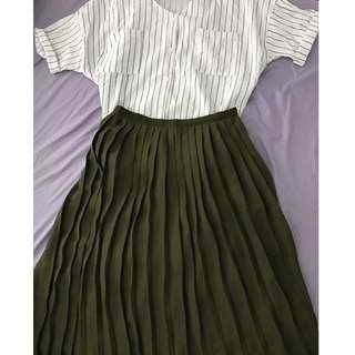 Blackish Green pleated Skirt
