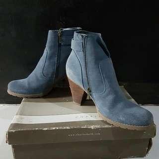 boots hush puppies