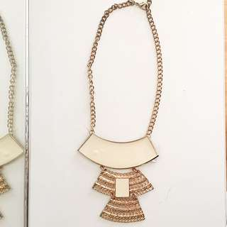 White&gold Necklace