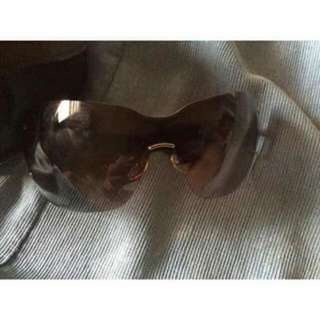 Gucci Shades Authentic Like New
