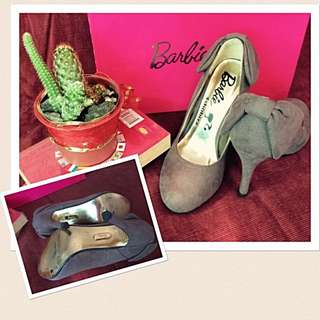 Barbie's Fashion Shoes