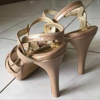 Sepatu Tali Merk Richelle
