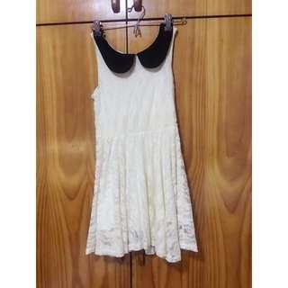 Cute Lace Dress In Cream
