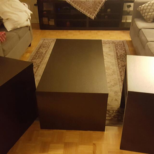 3 set of coffee tables in excellent condition from Brick dark brown
