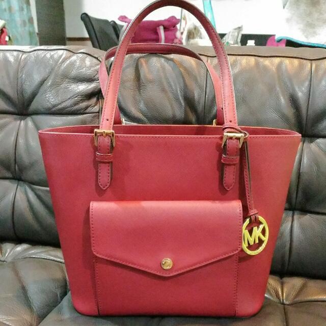 23d708df67f277 ... leather luggage 71bb2 f4988 purchase price slash authentic michael kors  handbag preloved maroon 7041c 3f40a ...