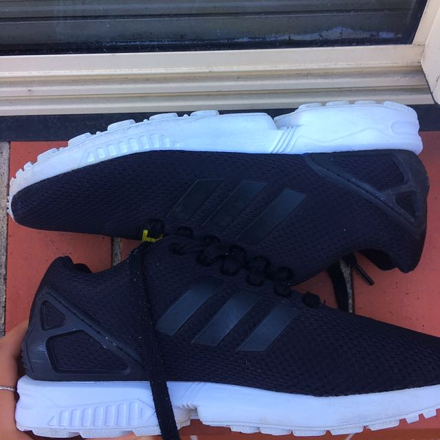 Adidas ZX Fluxs Size US 6