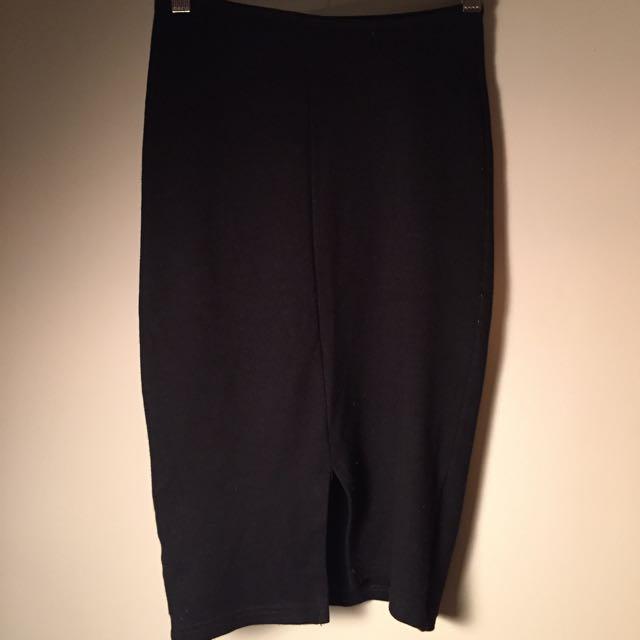 Black pencil Skirt, Size small