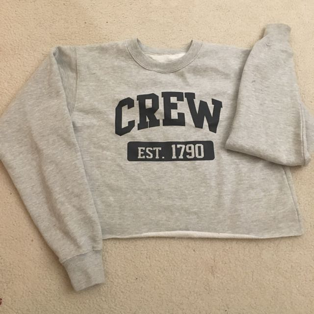 Brandy Melville Cropped Fleece Sweatshirt - One Size