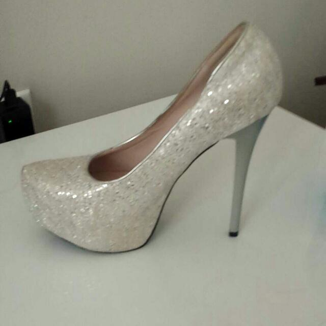 Bridal White With Glitter shoes