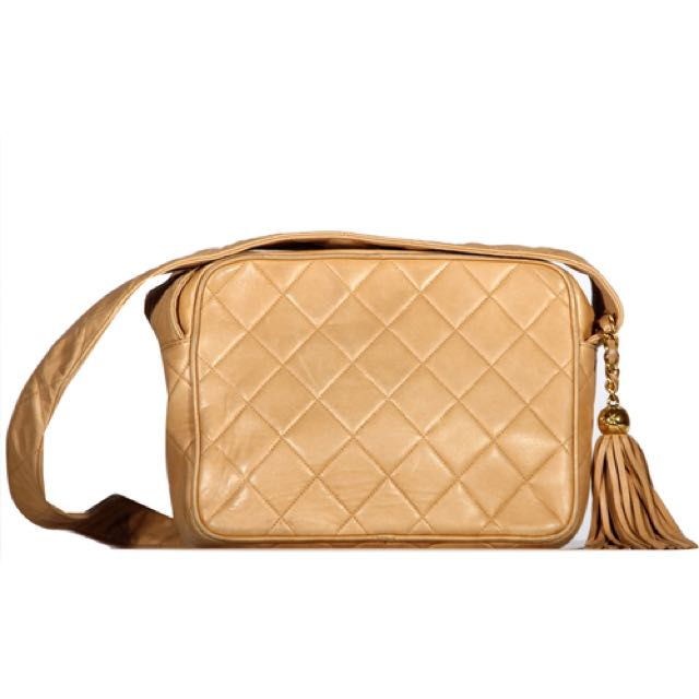 [CHANEL] Authentic Vintage Beige Lambskin Camera Bag with Tassel
