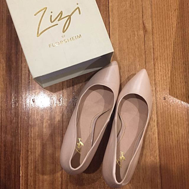 Florsheim Leather Heels (pale pink/nude) size 40 / 9