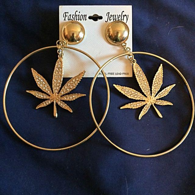 Gold hooped Earrings