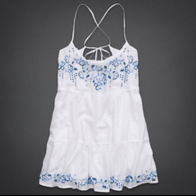 9df1cc87c1 Hollister White Sundress With Blue Embroidery