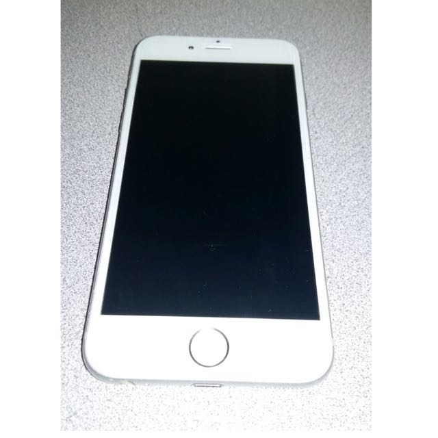 iPhone 6 PRICE MODIFIED. STILL NEGOTIABLE