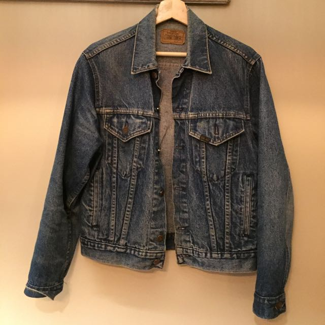 Jean Jacket, Size 40/Large