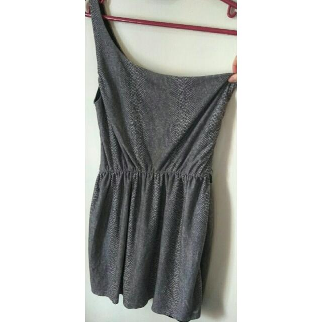 Pull & Bear One Top Shoulder Snakeskin Dress