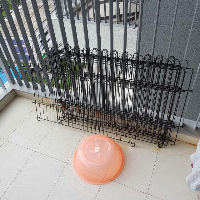 Play Pen Fence for Puppy Dog And Cat - 6 Piece