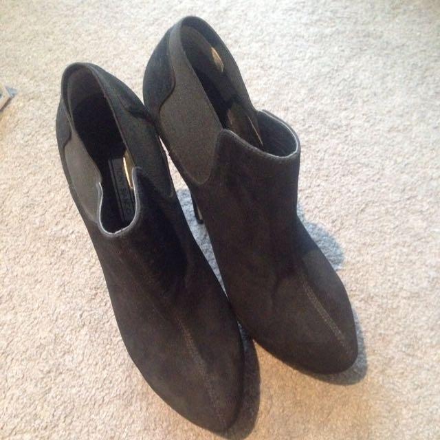 Tony Bianco Platform Heels Size 8