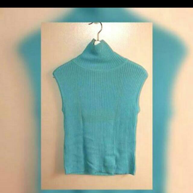 Turtle neck knit wear