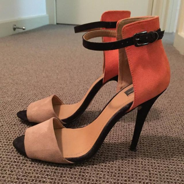 Zara Peach & Beige Heels UK5, EU38