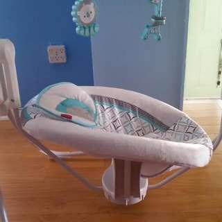 Fisher Price Twinkling Lights Spacesaver Cradle N Swing