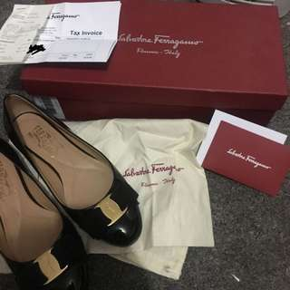 SALVATORE FERRAGAMO BALLERINA FLATS WITH RECEIPT