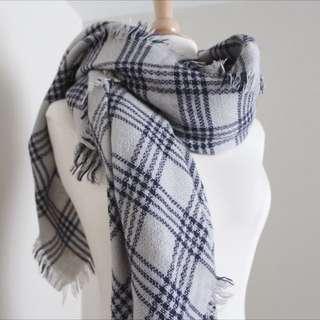 Brandy Melville Blanket Scarf