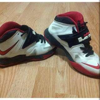 Lebron James Basket ball shoes