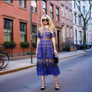 Size 8 self portrait Lace Midi Dress