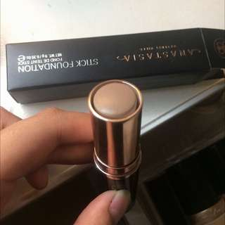 Swatched Anastasia Stick Foundation (for Contouring)