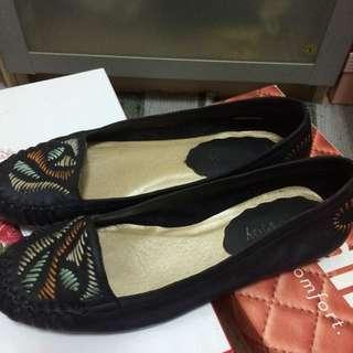 含運阿瘦全真小羊皮彩色線條平底鞋