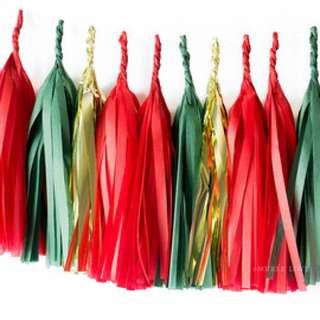 🌲 Christmas Theme Tassels Garland 🌲