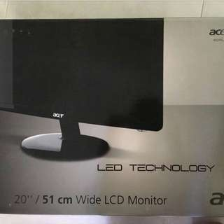 "Acer 20"" Screen"