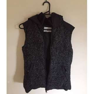 Country Road Black & Grey Puffer Vest